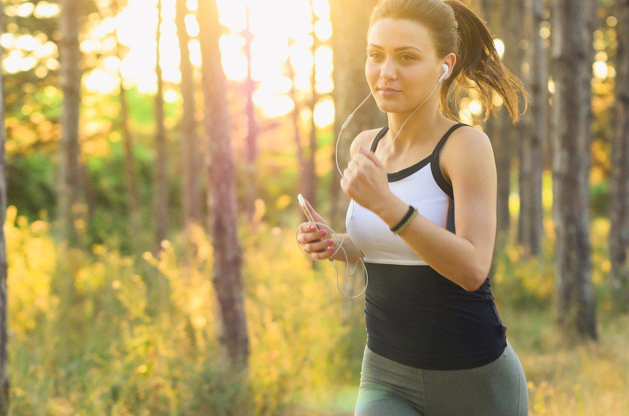 Girl_running_in_forest