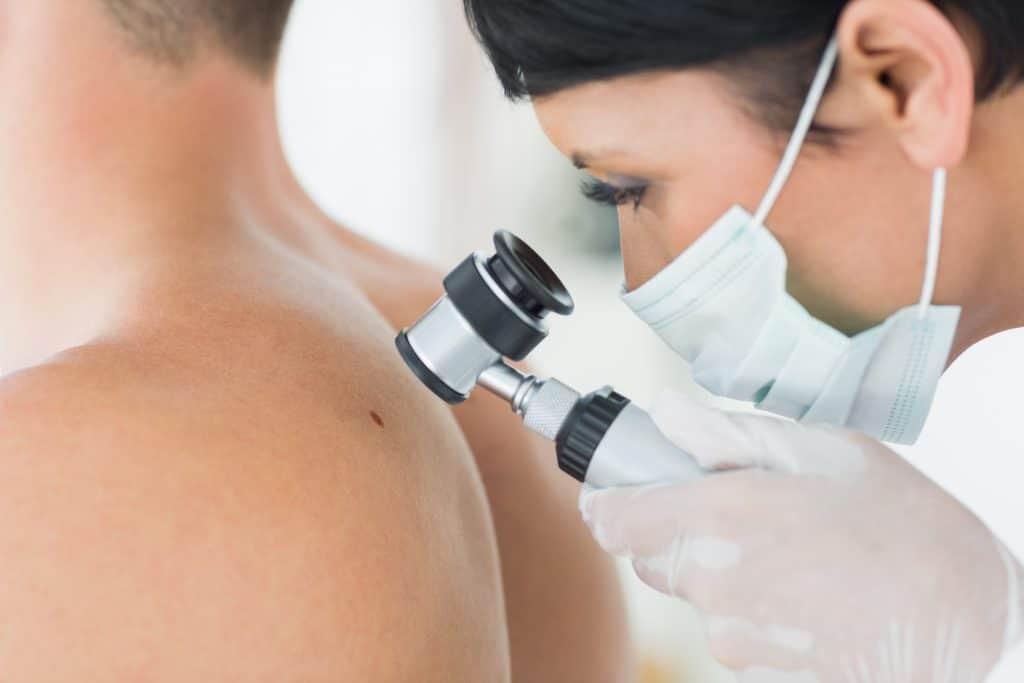 Closeup,Of,Dermatologist,